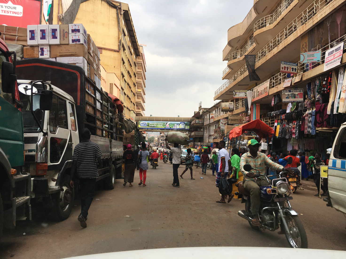Shopping District Downtown Kampala | Photo Credit: Gracie Smith